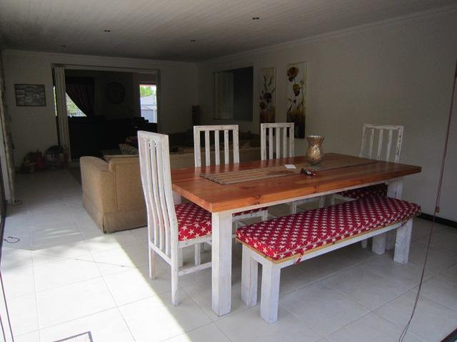 Property For Sale in Vierlanden, Durbanville 9