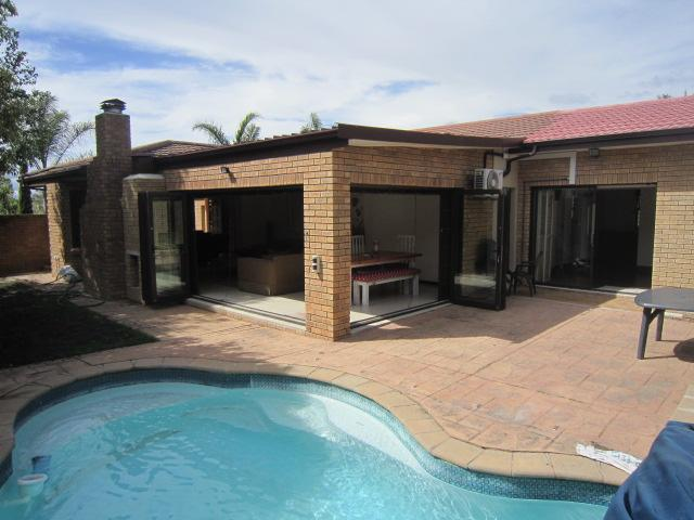 Property For Sale in Vierlanden, Durbanville 2