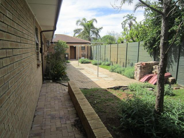 Property For Sale in Vierlanden, Durbanville 27
