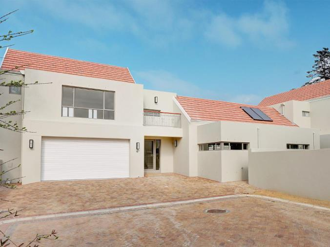 Property For Sale in Vierlanden, Durbanville 4
