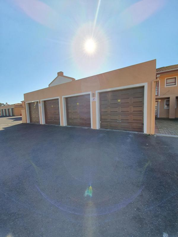 Property For Sale in Durbanville, Durbanville 17