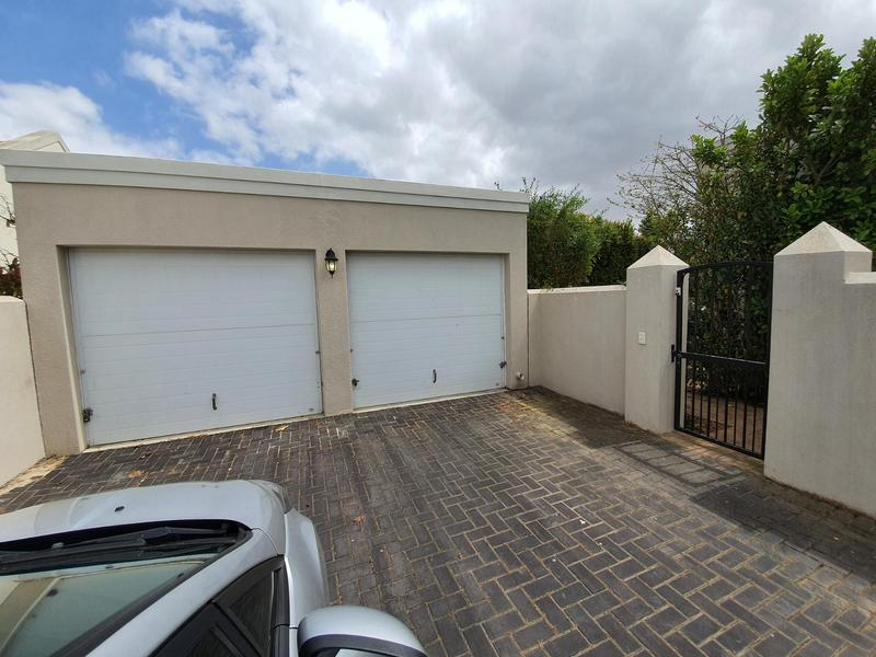 Property For Sale in Pinehurst, Durbanville 25