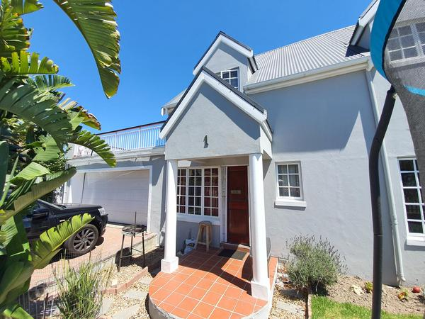 Property For Sale in Durmonte, Durbanville