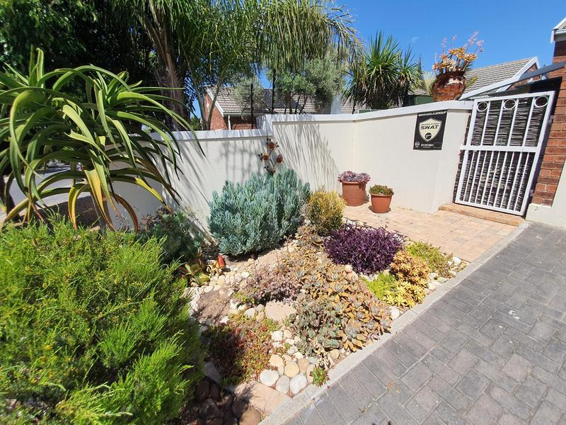 Property For Sale in Pinehurst, Durbanville 38