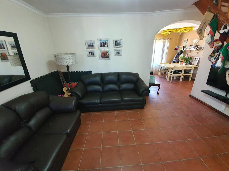 Property For Sale in Durmonte, Durbanville 6