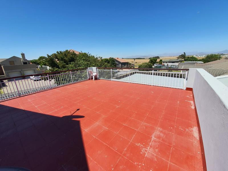 Property For Sale in Durmonte, Durbanville 25