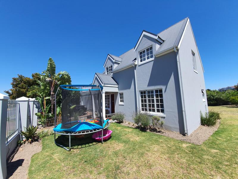 Property For Sale in Durmonte, Durbanville 28