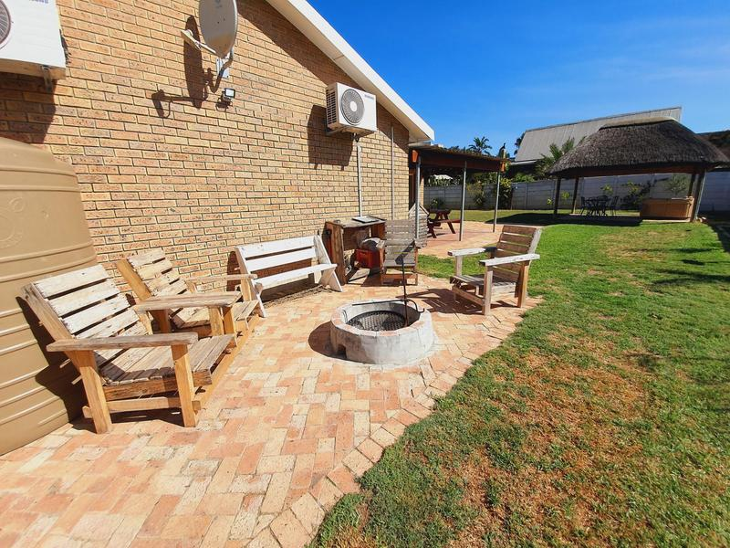 Property For Sale in Uitzicht, Cape Town 3